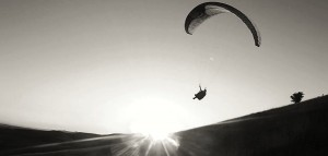 TimFritz unterwegs in der Luft mit seinem Gleitschirm!